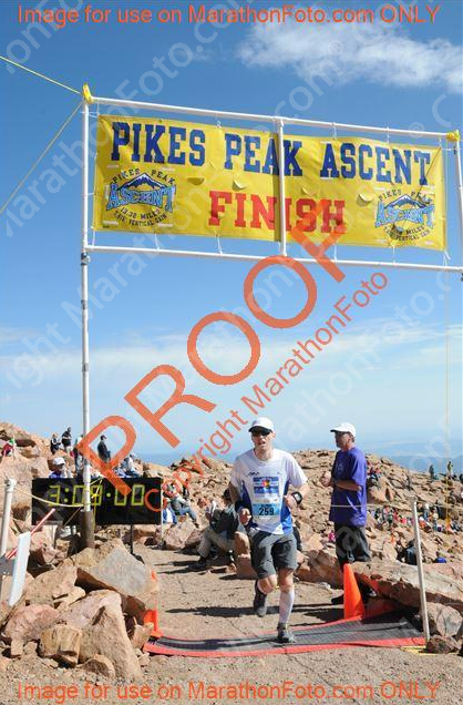 PikesPeakAscentAlfredFinish